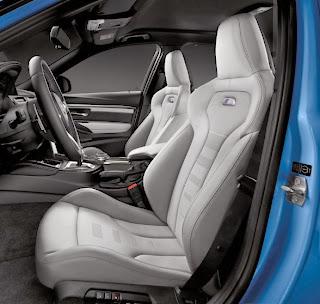 2014-BMW-M3-Sedan-photo-cokcpit