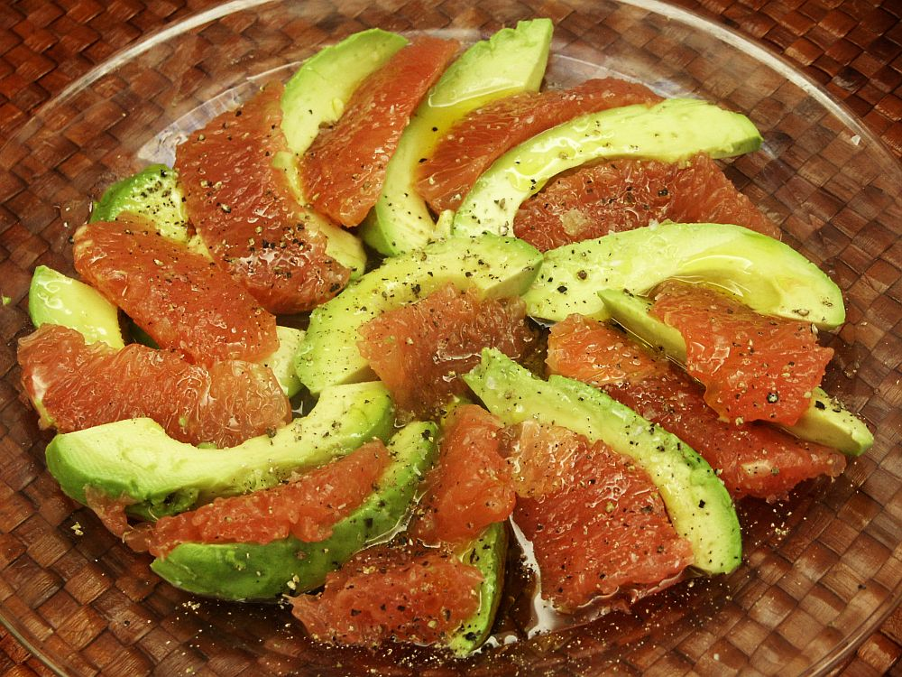 Moveable feasts ina fridays a simple avocado and grapefruit salad 2007 ina garten show barefoot contessa episode blueprint lunch malvernweather Images