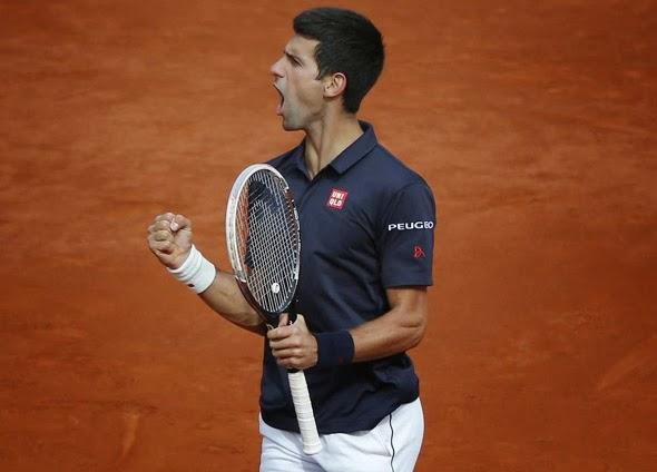 Novak Djokovic brilhando dentro e fora das quadras.