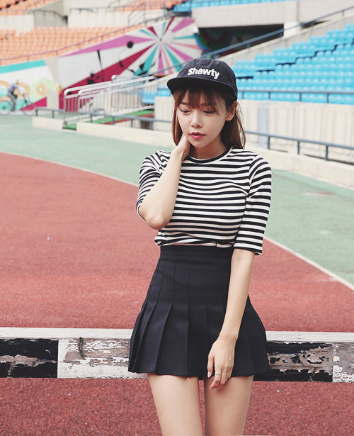 Black Stripe Crew Neck T-Shirt