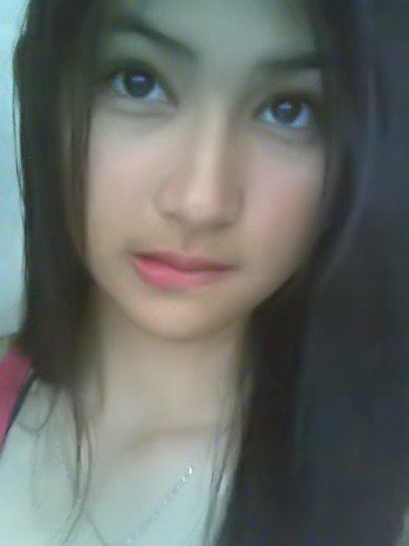... foto cewek - cewek cantik, cewek imut, gadis cantik asli indonesia
