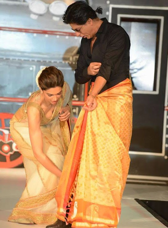 Deepika padukone saree photos