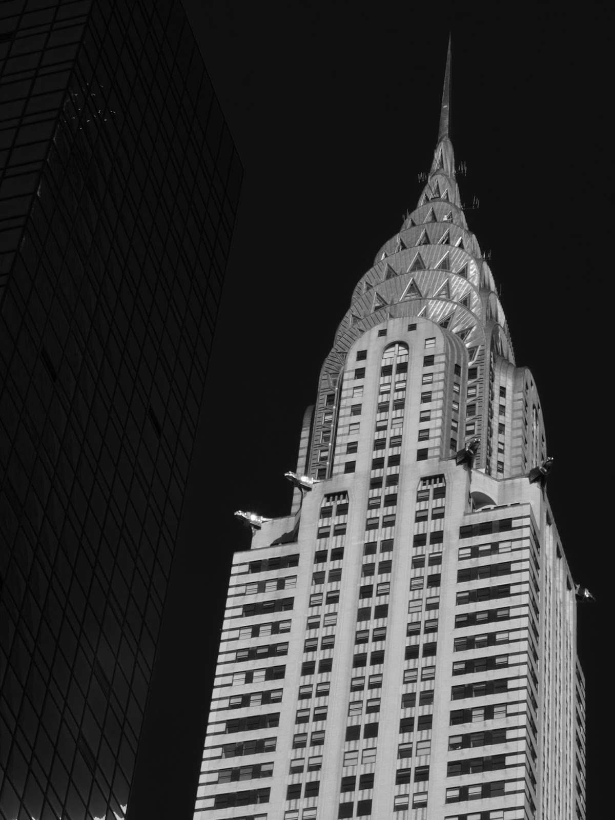Letting the Art Deco Stand Out, #chryslerbuilding #artdeco #architecture #nyc 2014