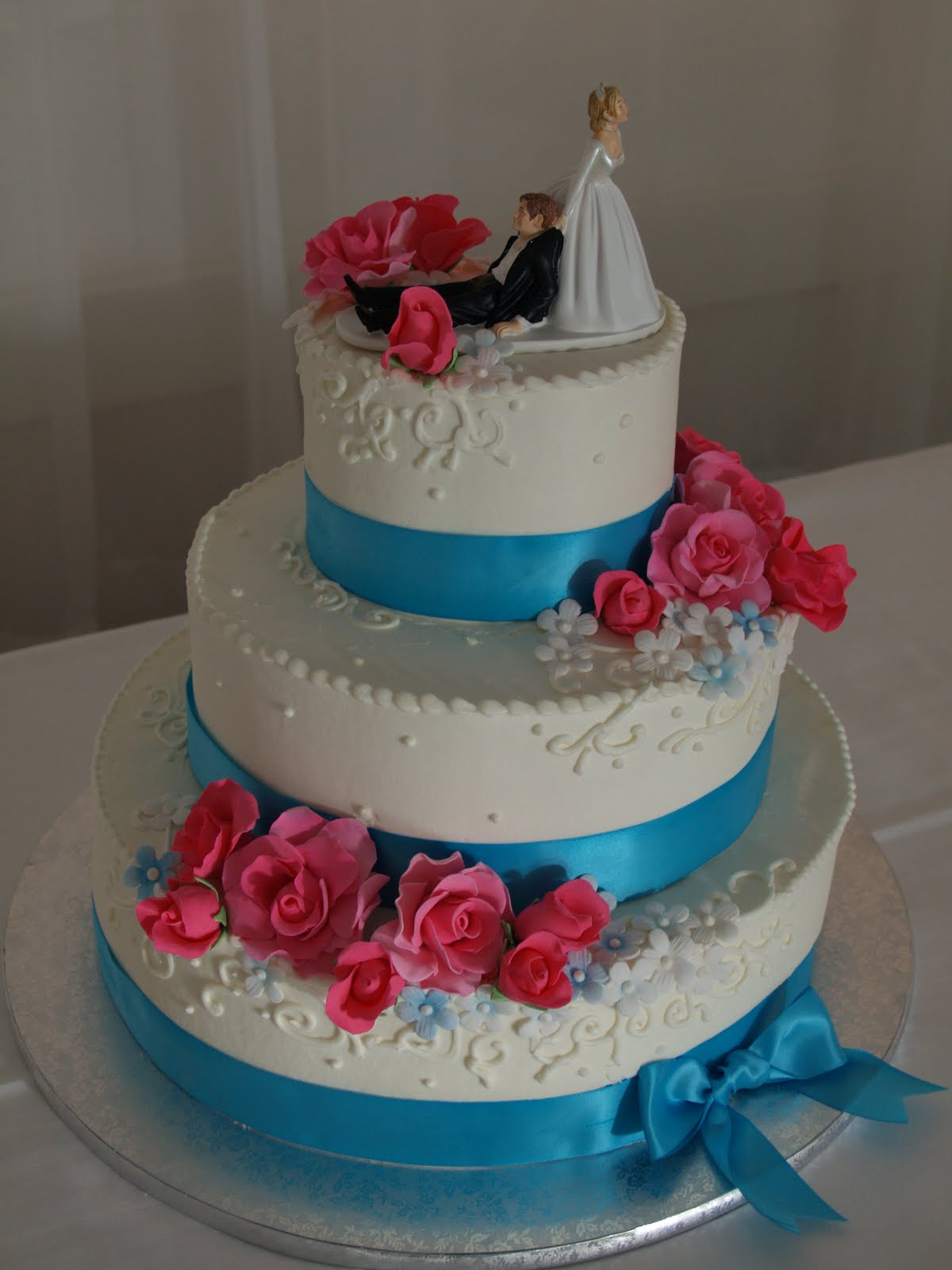 Becky s Sweets Hot Pink Turquoise wedding cake