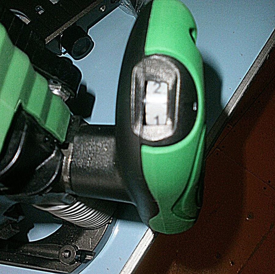 Hitachi M 8V2 регулировка оборотов