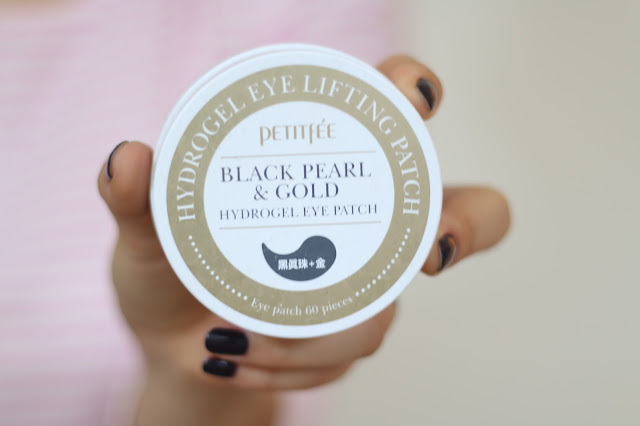 black and gold hydrogel eye patch,  beauty blogger, beauty guru, fashion blogger, style blogger, mommy blogger, skincare, asian, simplyxclassic