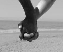 de tu mano puedo caminar..