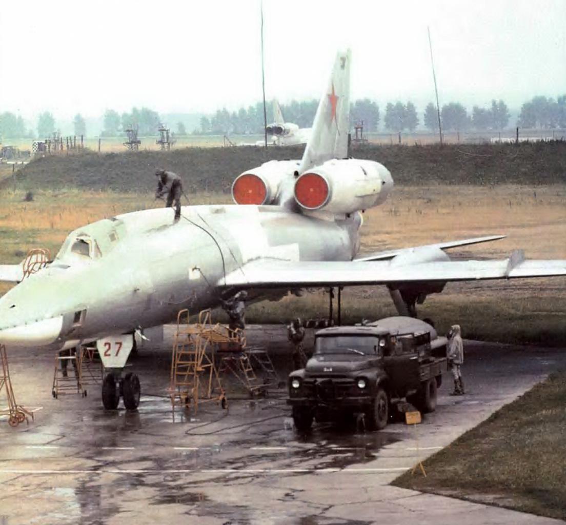 russie TU-22P+27+341+TBAP+EJERCICIO+DE+DESCONTAMINACION