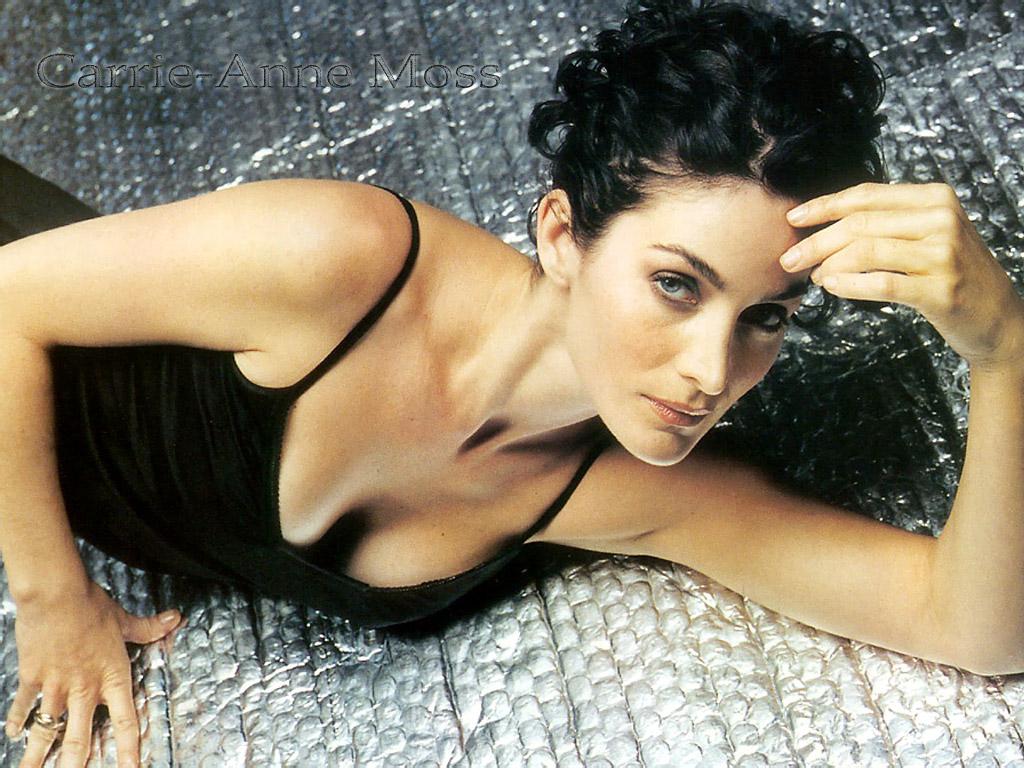 http://4.bp.blogspot.com/-A1d7D4qzi8g/Ti3SNDnqzuI/AAAAAAAAATc/cPrdtzgk3Qs/s1600/Carrie+Anne+Moss+%25286%2529.jpg
