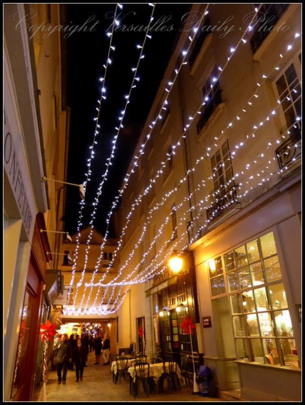 Christmas lights Versailles rue des deux portes