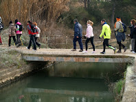 Travessant el Canal de la Mina