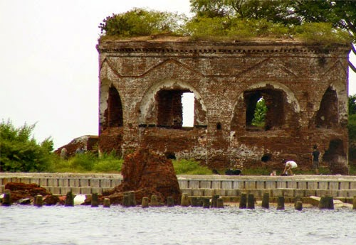 Wisata Pulau Onrust