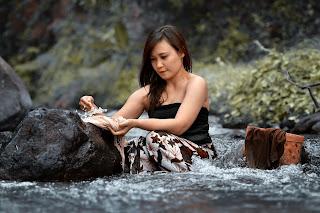 Foto Memek Tante Mandi Di Sungai Ngentot