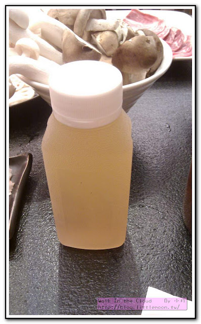 約300c.c.的冬瓜茶一瓶