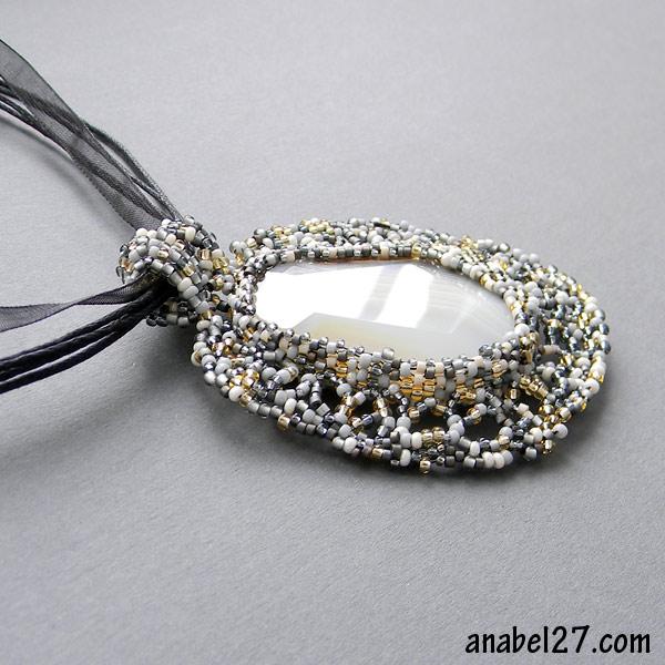 кулон бисер бисероплетение фриформ украшения freeform beadwork free form jewelry