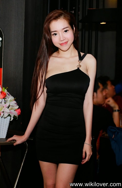 Who is girl owning the biggest breast in Vietnam?