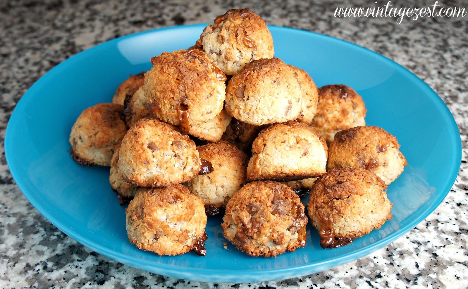 TWIX Bites Coconut Macaroons on Diane's Vintage Zest! #eatmorebites #shop #cbias @vintagezest