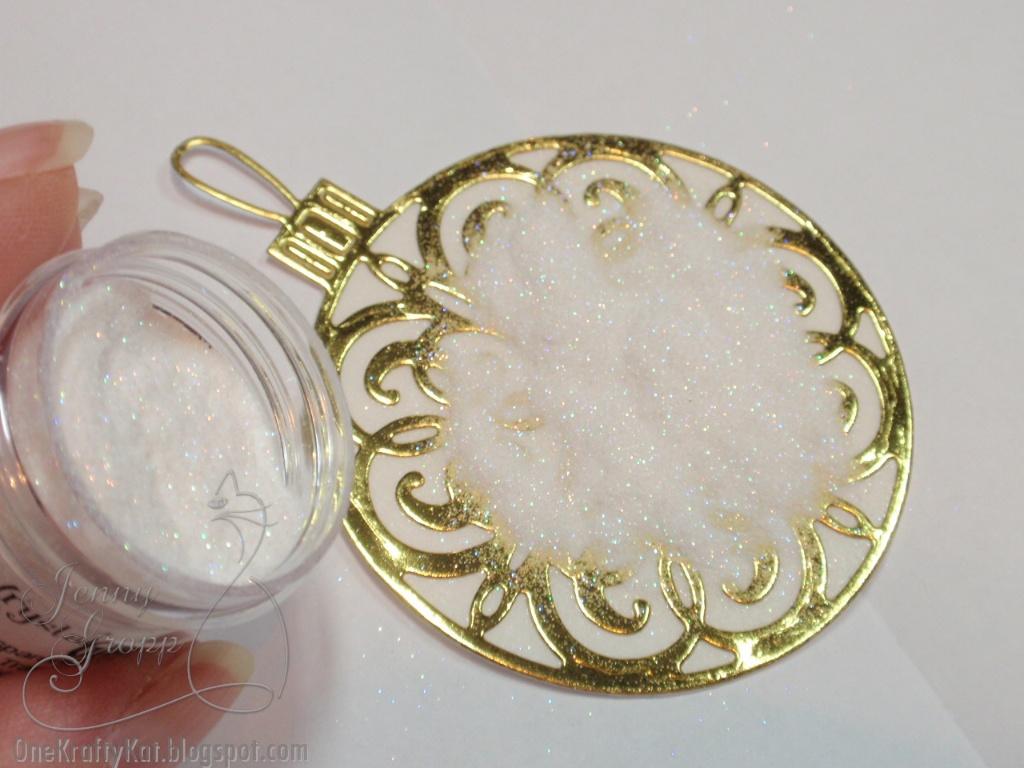 One krafty kat sparkly ornament tutorial for Elizabeth craft microfine glitter