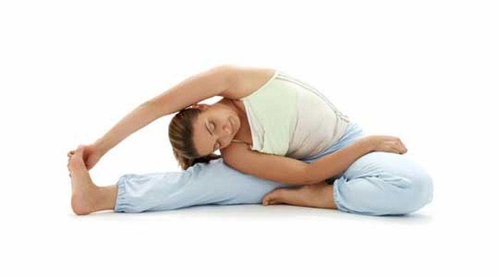 6 Alongamentos para melhorar dor na coluna