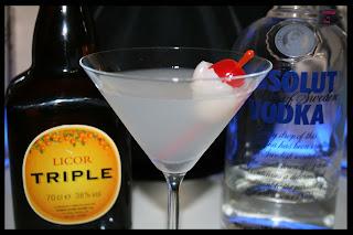 Nuevo Lychee Martini