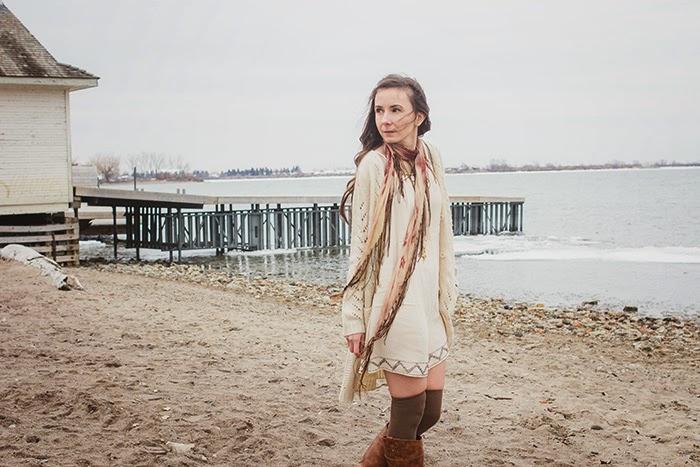 Fringe-scarf-shift-dress-beach-boho-style