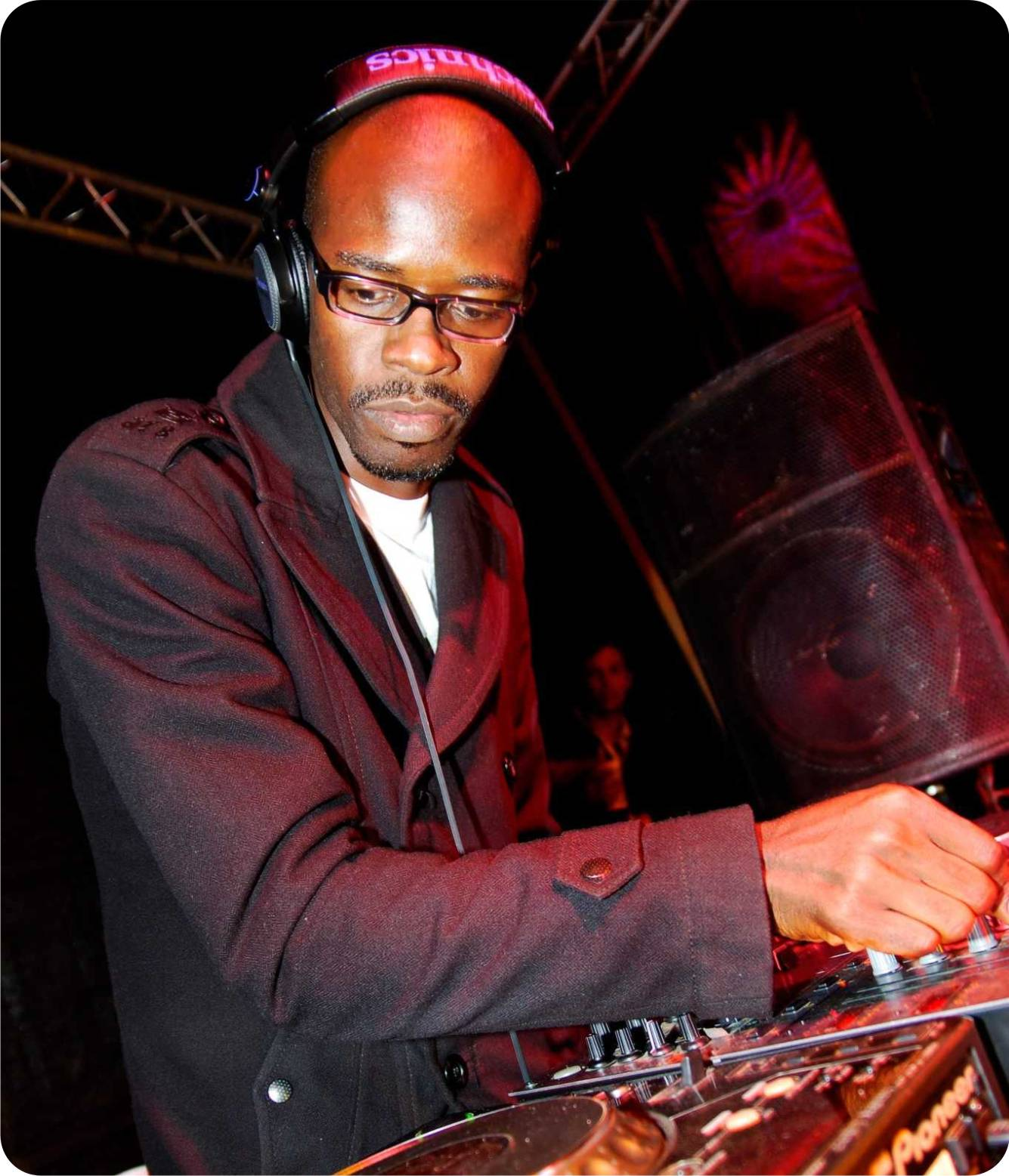 Black coffee feat toshi buya original 2012 for Black coffee house music