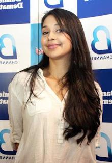 foto cantik Ayu Azhari - exnim.com