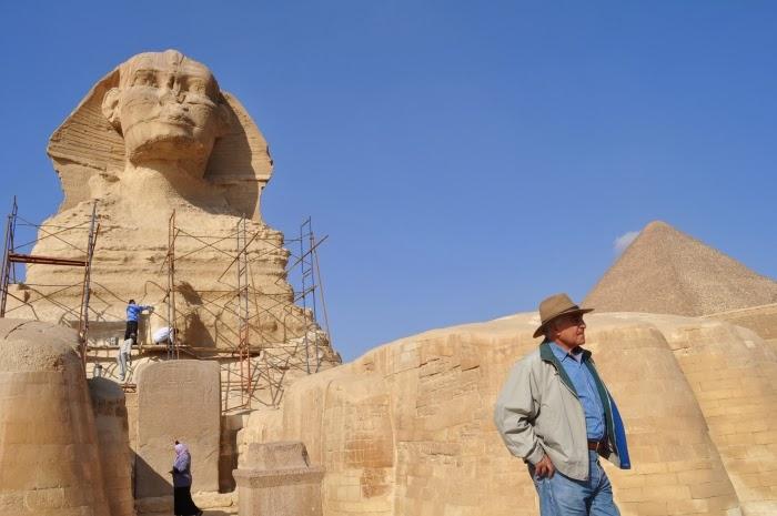 Zahi Hawass en Giza
