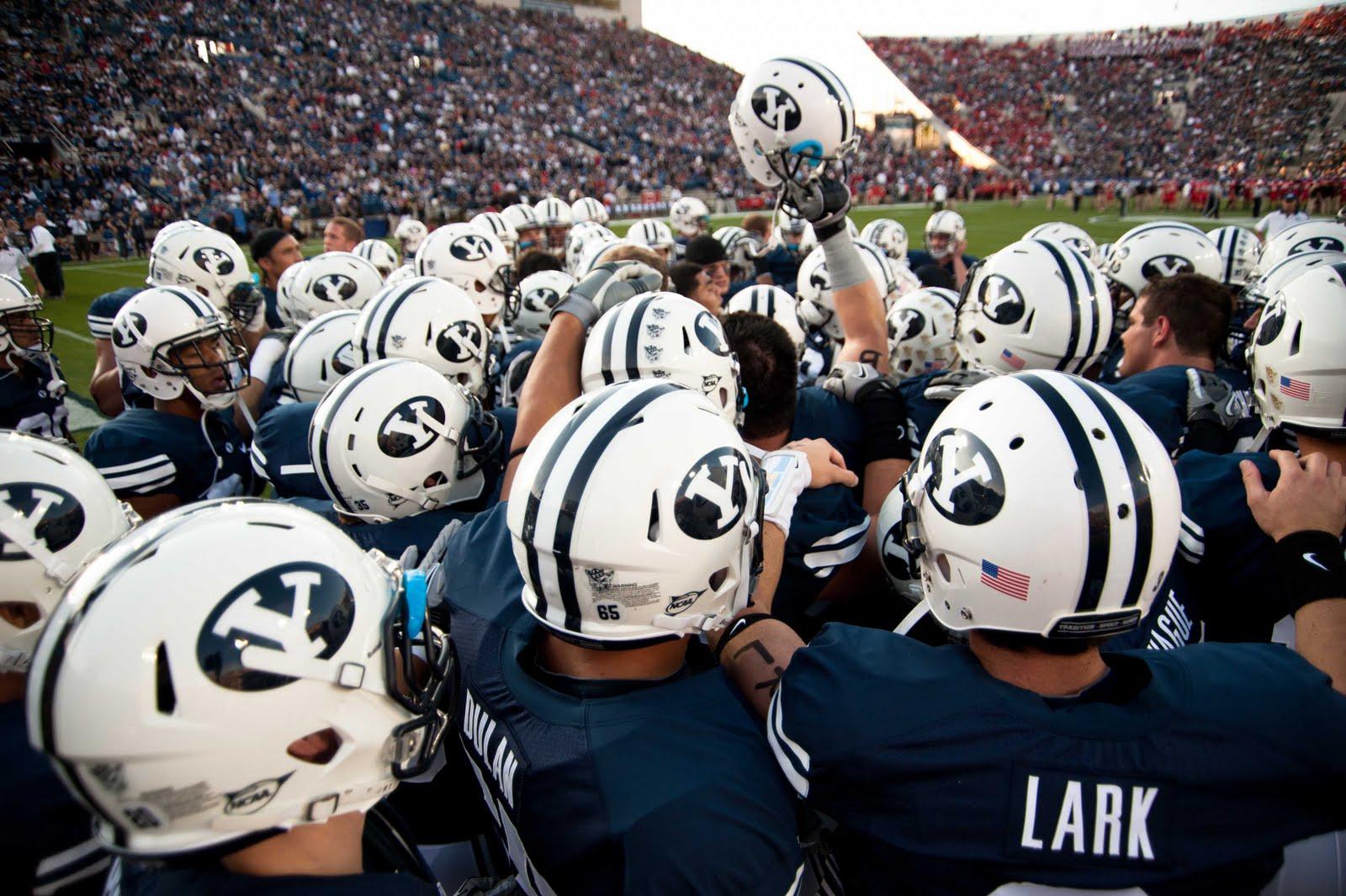 Luke Hansen Photography: BYU vs Utah Football 2011 - Provo ...