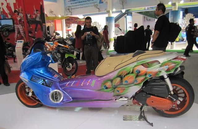 Modifikasi Honda PCX125-4. title=