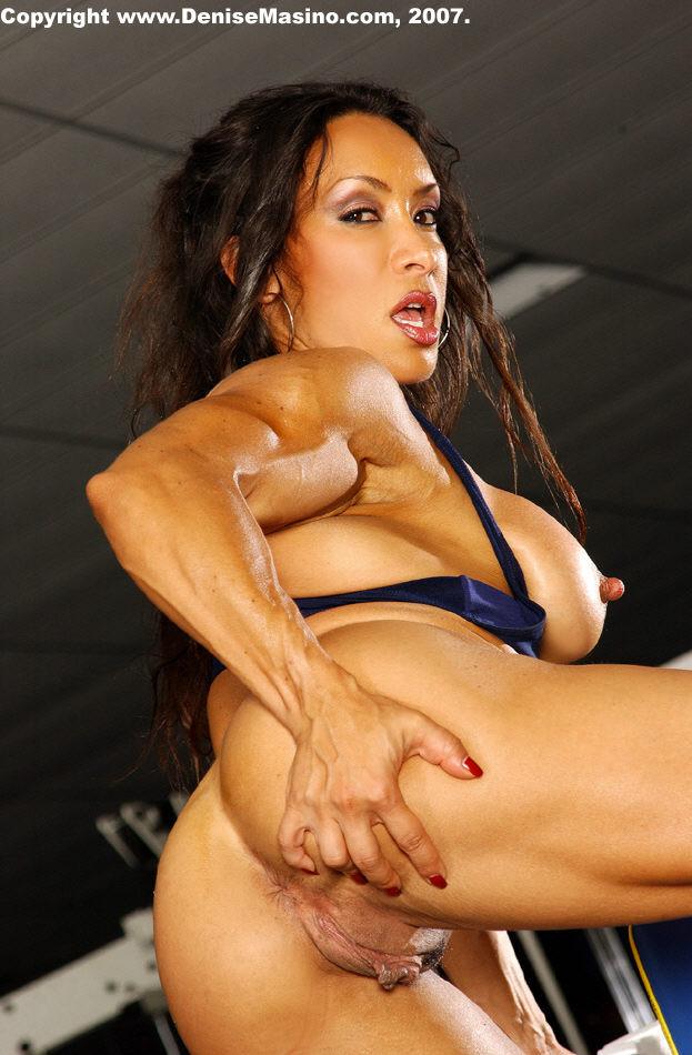 Female Body Builder Pussy 77