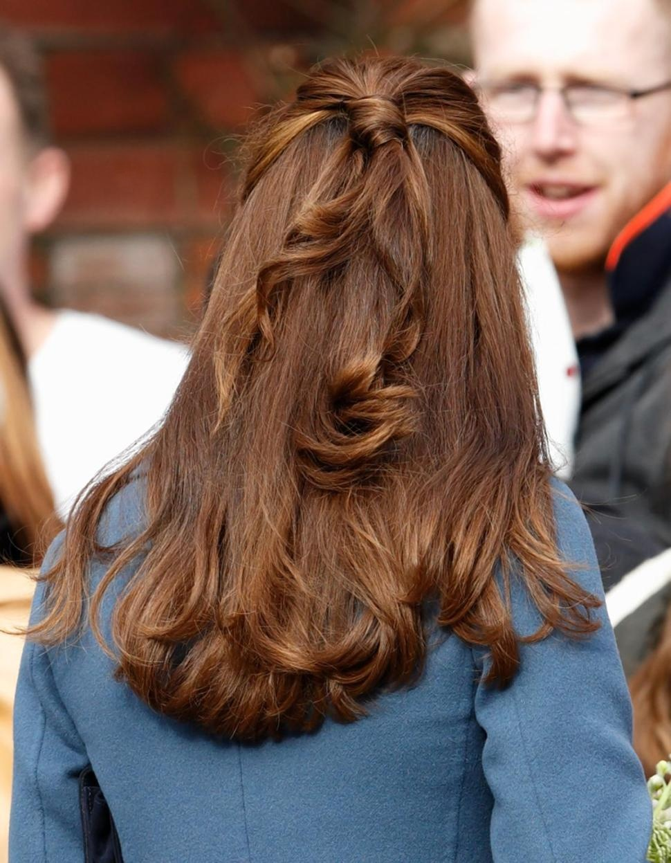 OH KATE MIDDLETON, ARE YOU REALLY SHOWING GREY ROOTS AT 33