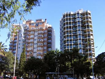 Ramos Mejía, Pza. Mitre, torres de Alberdi. Hasta 1920 allí estuvo la casa de Ezequiel Ramos Mejía.