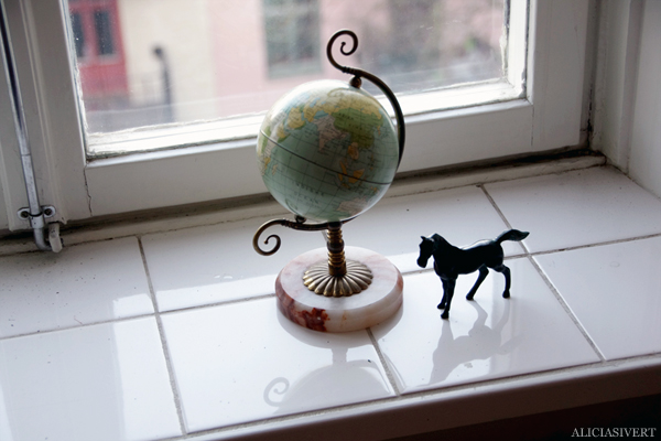 aliciasivert, alicia sivertsson, globe, jordglob, häst, horse