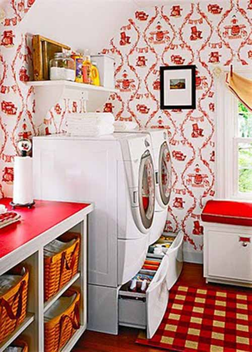 Country cottage laundry room