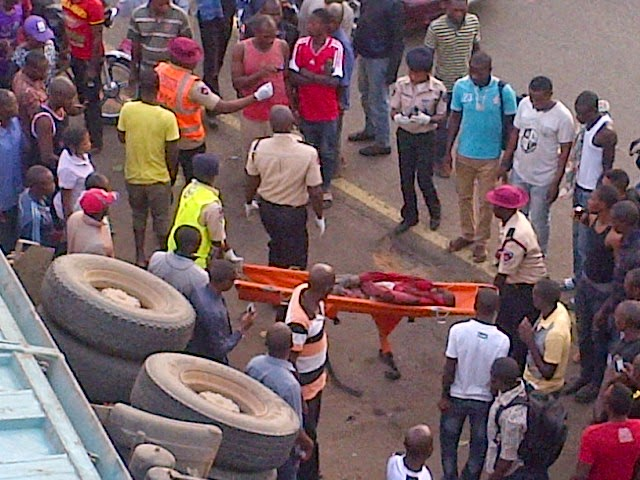 Exclusive photos from the fatal accident in Abuja this morning  01