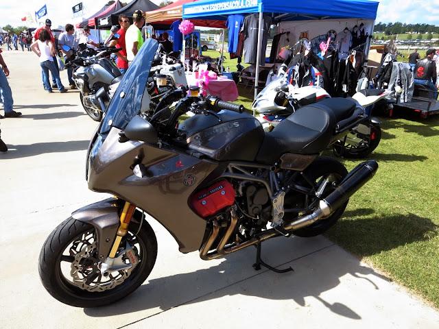 Motus MST R Motorcycle