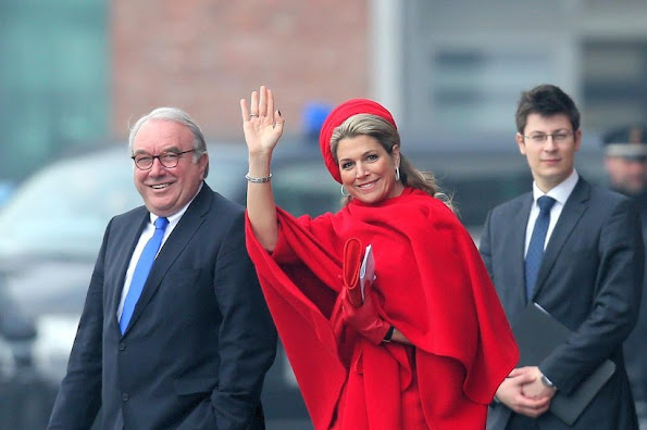 Dutch King Willem-Alexander and his wife Maxima continued their visit to Hamburg on Friday