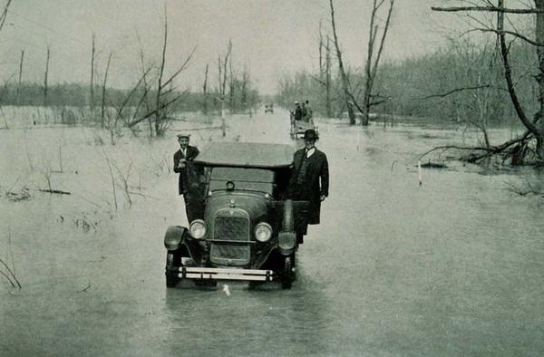 The 1927 Mississippi River Flood Photos Vintage Everyday