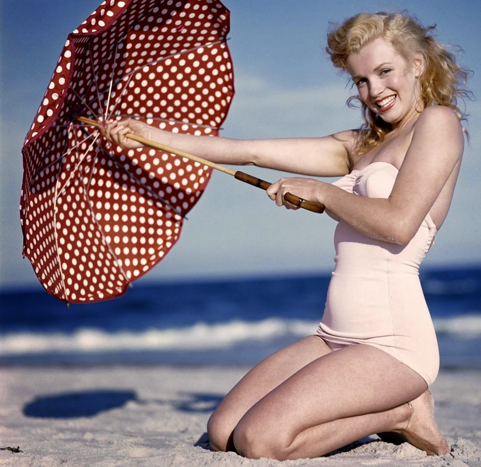 A young Marilyn Monroe, nostalgic legend