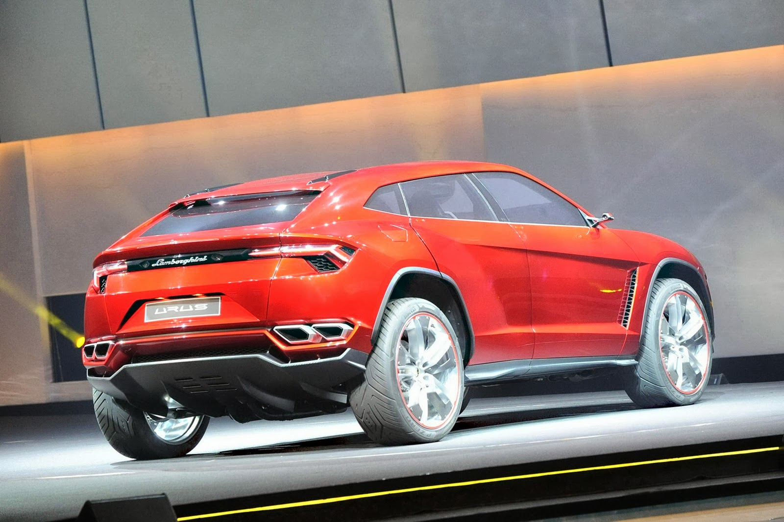 official lamborghini urus to use a twin turbo v8 powerplant carscoops. Black Bedroom Furniture Sets. Home Design Ideas
