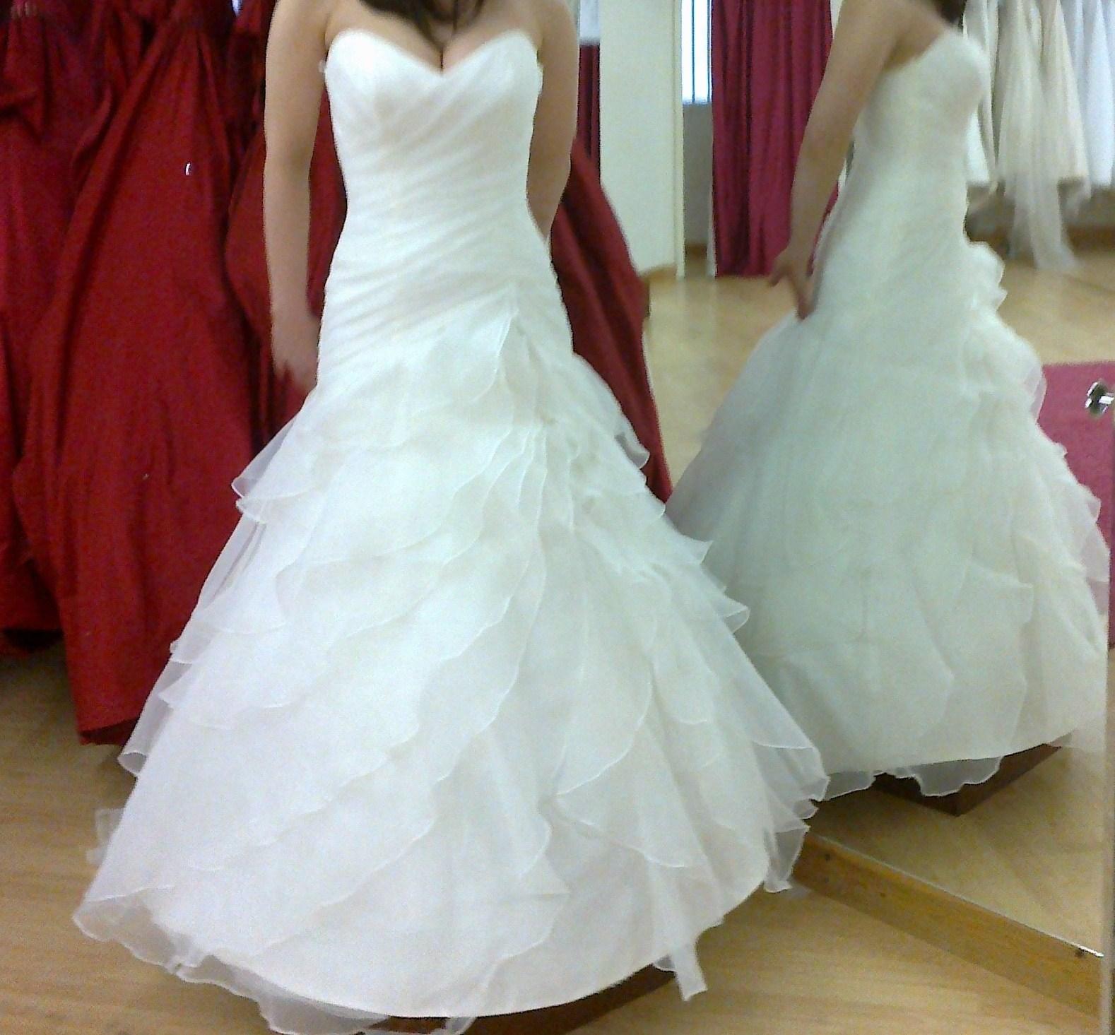 Suknie ślubne Vestido Suknia ślubna W Hiszpańskim Stylu Falbanki