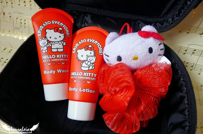 Hello Kitty 40th Anniversary vanity bag set