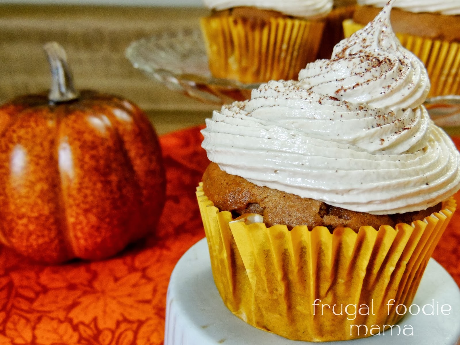 Pumpkin Spice Cupcakes with Biscoff Marshmallow Buttercream- from a ...