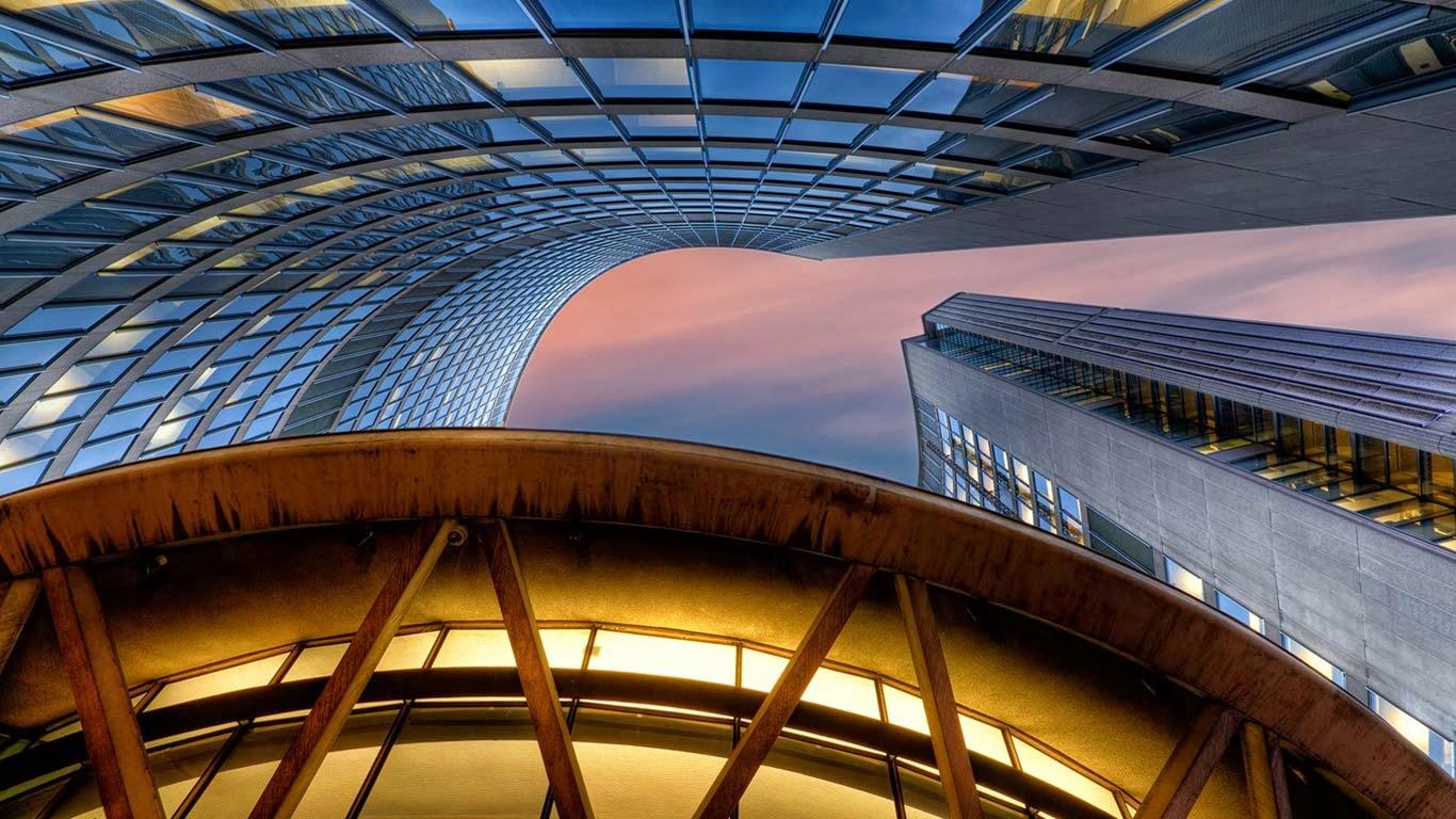 Toronto City Hall, Toronto, Ontario, Canada (© Michael Woloszynowicz/500px) 311