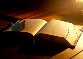 La Biblia y otras Escrituras