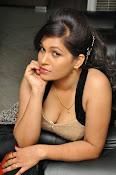Revathi Chowdary hot photos-thumbnail-14
