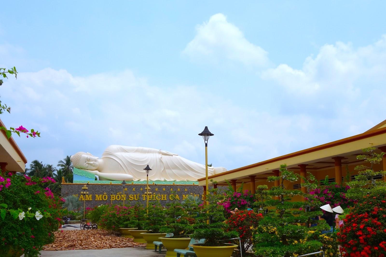 Sleeping Buddha Vietnam 2015