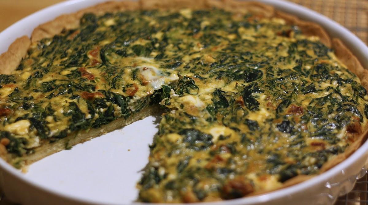 zielona tarta ze szpinakiem i serem feta