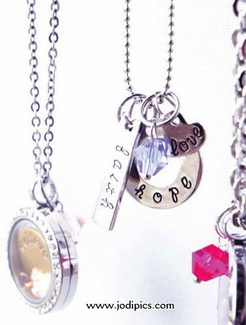 lockets it charm necklace mom floating grandma s pin a locket boy